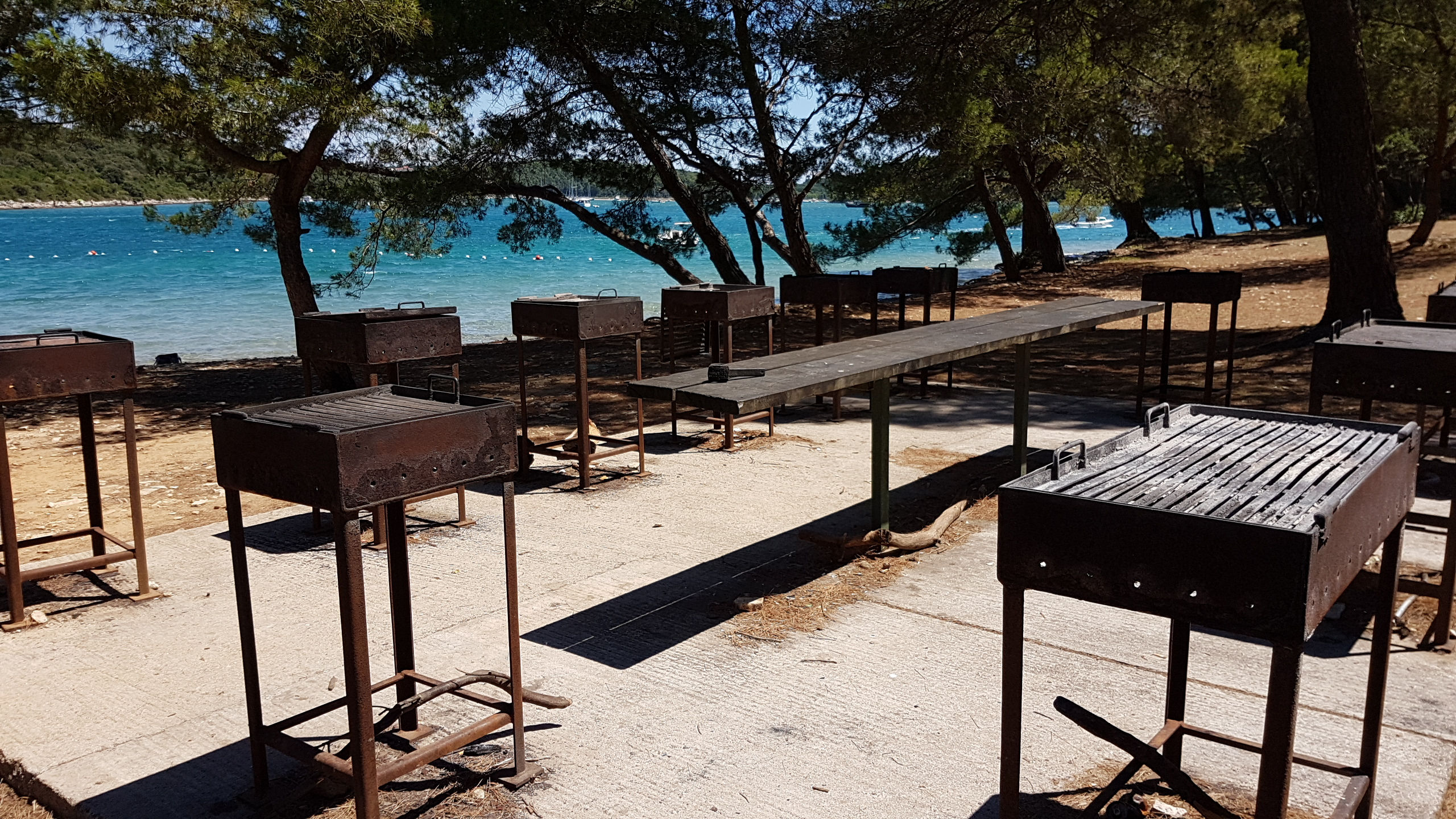 SPEND YOUR HOLIDAY CAMPING ON THE VERUDA (FRATARSKI) ISLAND NEAR PULA