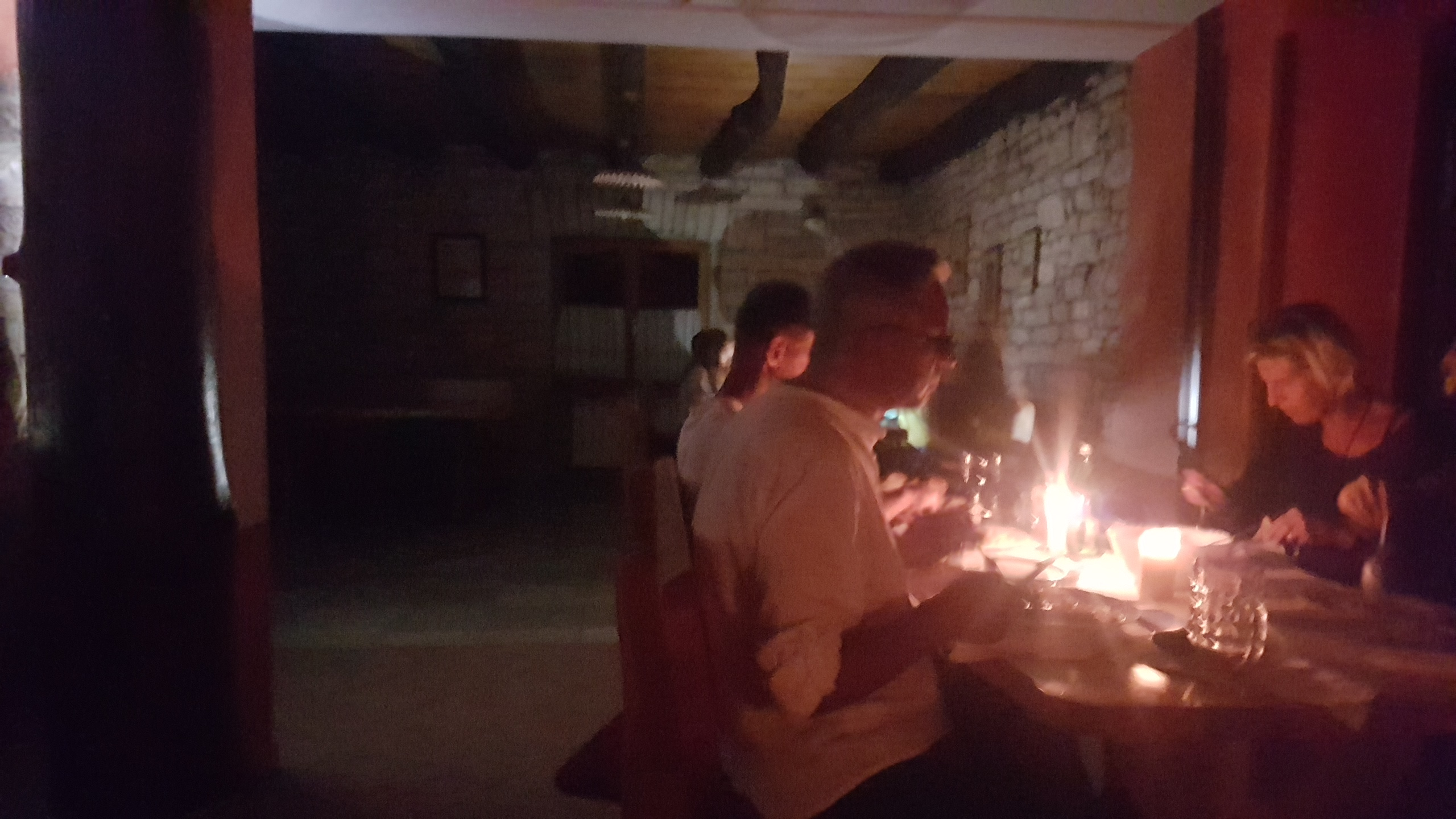 DINNER WITHOUT LIGHT AND DRACULA IN KONOBA DANIJELI NEAR KRINGA
