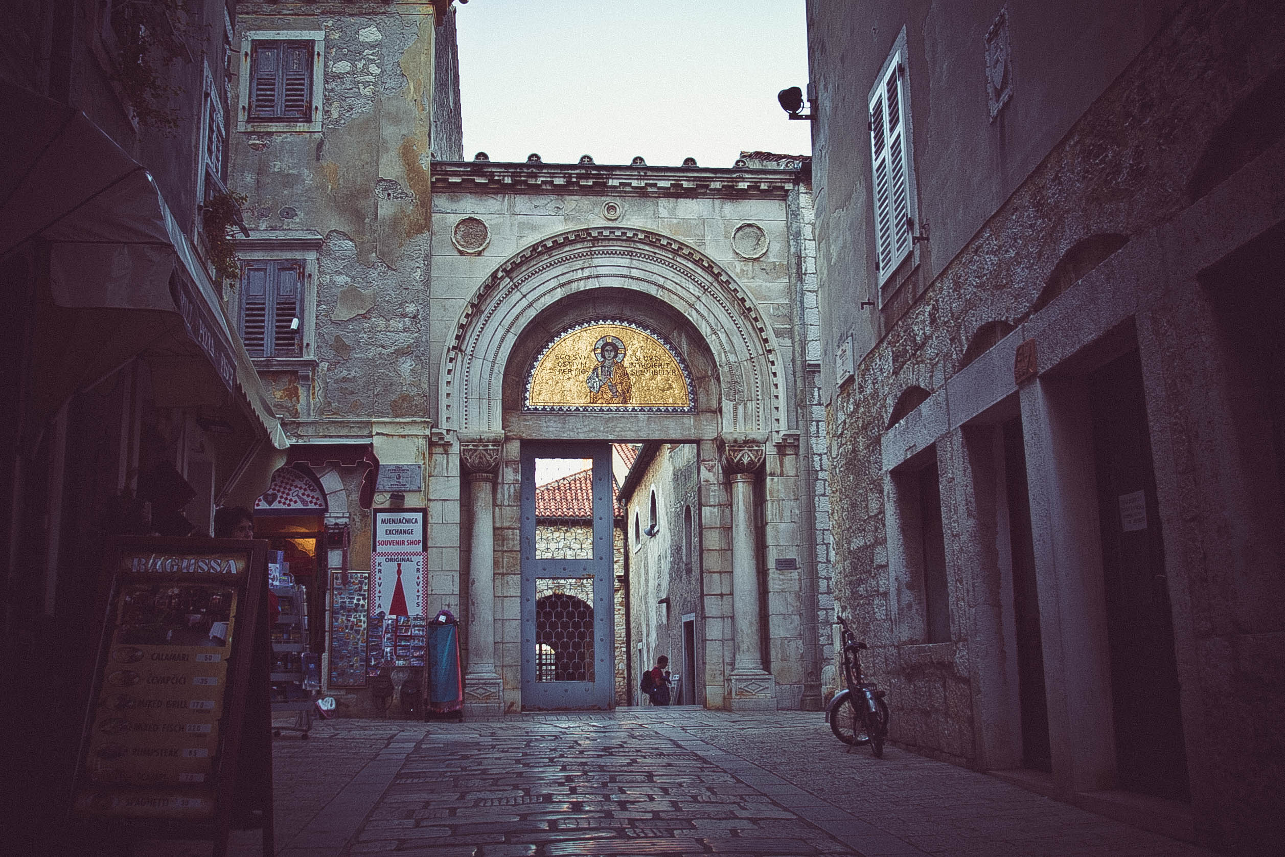 WALK THROUGH POREČ AND DISCOVER ITS HISTORIC CENTER