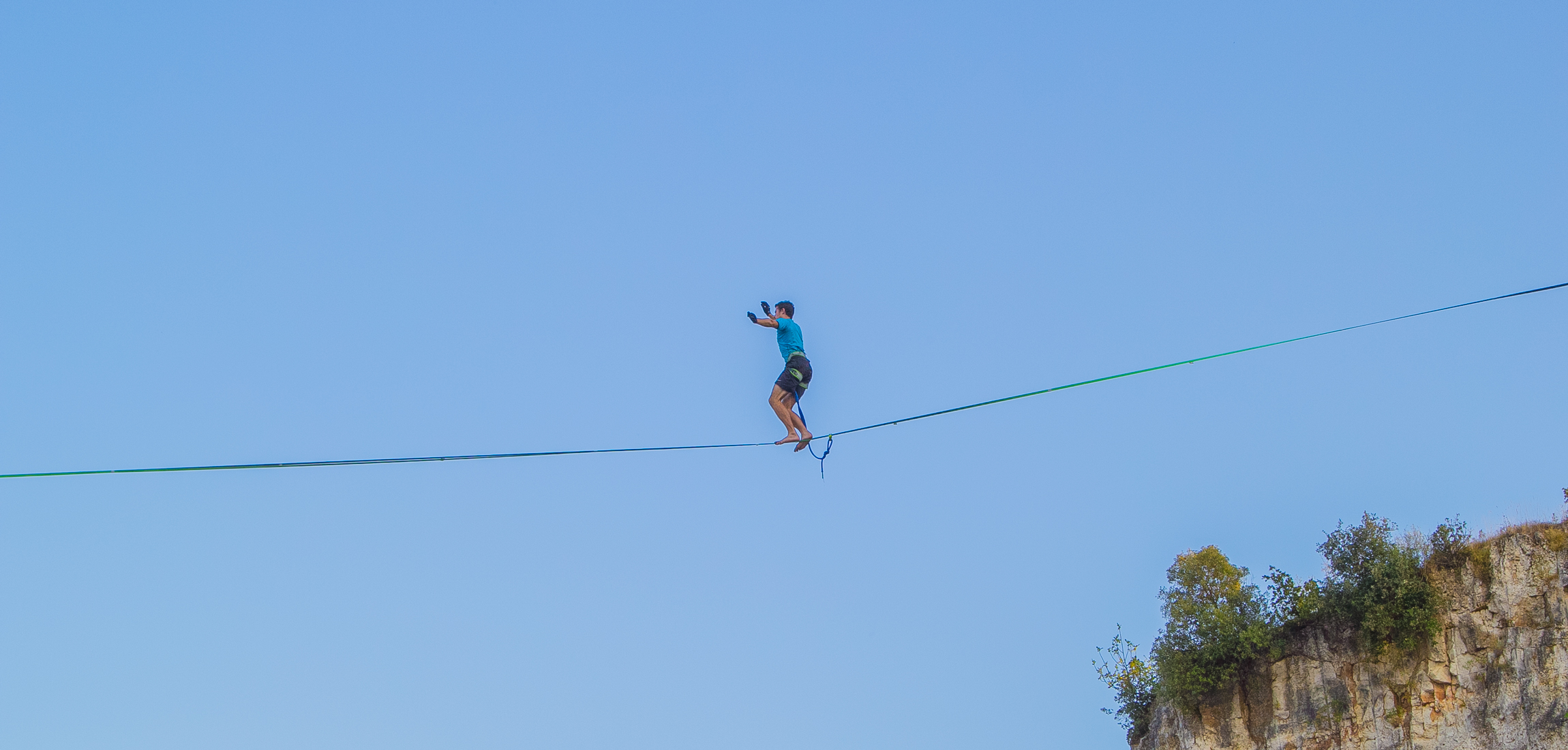 HIGHLINE SLACKLINE IN CAVE ROMANE NEAR MEDULIN